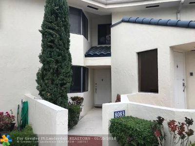 Plantation Condo/Townhouse For Sale: 8083 NW 15th Mnr #8083