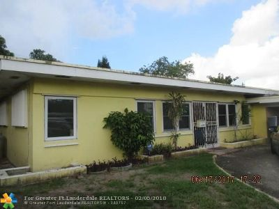 Miami Gardens Single Family Home For Sale: 3960 NW 189th Ter