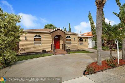 Lantana Single Family Home For Sale: 611 W Drew St