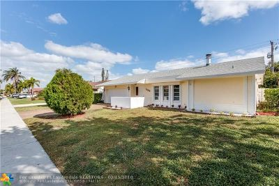 Deerfield Beach Single Family Home For Sale: 1398 SW 24th Ter
