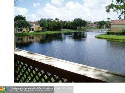 West Palm Beach Condo/Townhouse For Sale: 4815 Via Palm Lks #1418