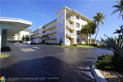 Deerfield Beach Condo/Townhouse For Sale: 330 N Federal Hwy #410