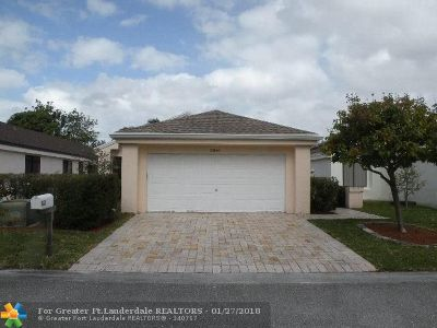 Coconut Creek Single Family Home For Sale: 3341 NW 22nd St