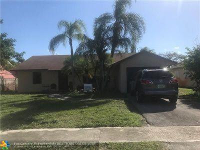 Boynton Beach Single Family Home For Sale: 650 NW 1st Ave