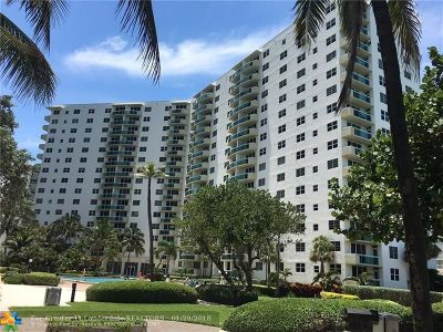 Broward County Condo/Townhouse For Sale: 3001 S Ocean Dr #819