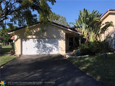 Coral Springs Single Family Home For Sale: 10215 NW 31st St