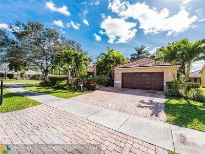 Davie Single Family Home For Sale: 9602 Ridgeside Ct