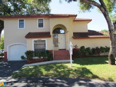 Miramar Single Family Home For Sale: 3468 Cluster Rd
