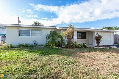 Deerfield Beach Single Family Home For Sale: 309 SE 3rd Ter