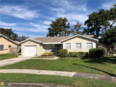Boca Raton Single Family Home For Sale: 9049 SW 4th St