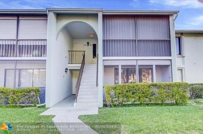 West Palm Beach Condo/Townhouse Backup Contract-Call LA: 3726 Savoy Ln #B1
