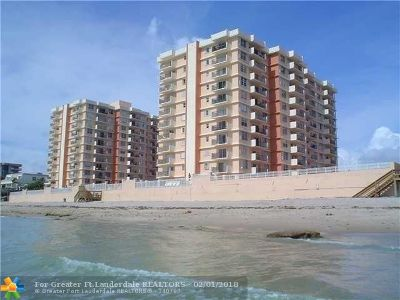 Highland Beach Condo/Townhouse For Sale: 4505 S Ocean Blvd #604