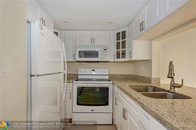North Miami Beach Condo/Townhouse Backup Contract-Call LA: 2935 NE 163rd St #5P