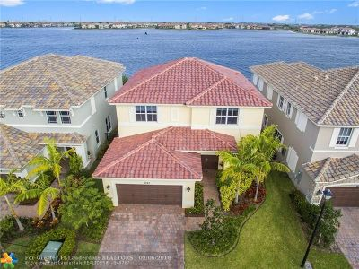Parkland Single Family Home For Sale: 9747 Blue Isle Bay
