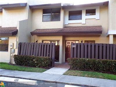 Pembroke Pines Condo/Townhouse For Sale: 120 SW 96 Terrace #120