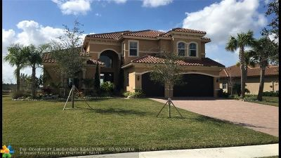 West Palm Beach Single Family Home For Sale: 7733 Maywood Crest Dr