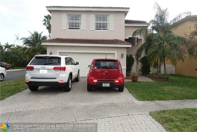 Broward County Single Family Home For Sale: 5700 S Sable Cir