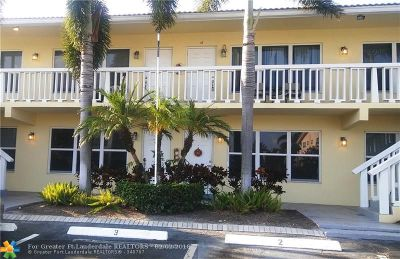 Lighthouse Point Condo/Townhouse For Sale: 2120 NE 42nd Ct #4