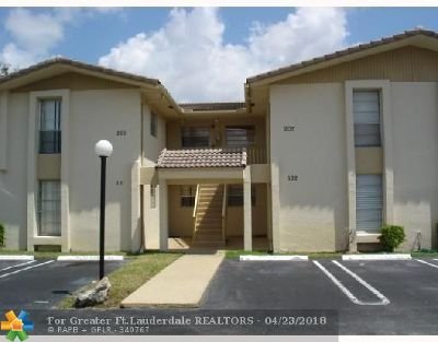Coral Springs Condo/Townhouse For Sale: 11101 Royal Palm Bl #201