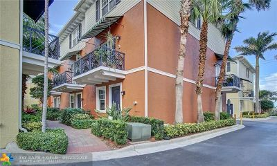 Wilton Manors Condo/Townhouse For Sale: 2253 NE 9th Ave #2253