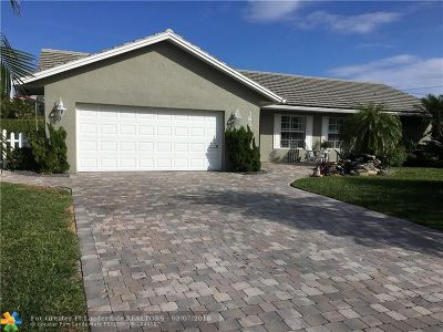 Lighthouse Point Single Family Home For Sale: 3830 NE 28th Ave