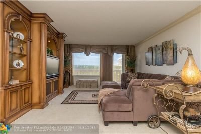 Palm Beach Condo/Townhouse For Sale: 3450 S Ocean Blvd #323