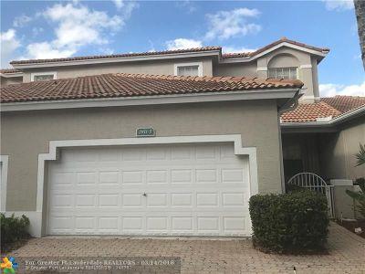 Sunrise Single Family Home For Sale: 7951 S Aragon Blvd