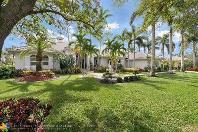 Davie Single Family Home For Sale: 11898 W Ridgeview Dr