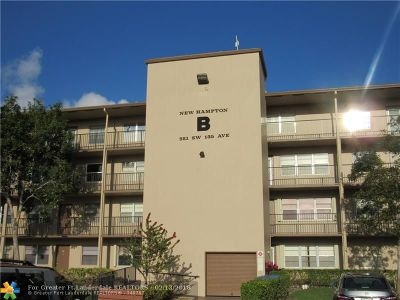 Pembroke Pines Condo/Townhouse For Sale: 551 SW 135th Ave #204 B