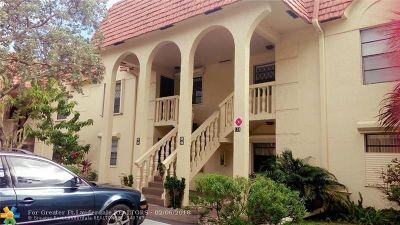 Pompano Beach Condo/Townhouse Backup Contract-Call LA: 134 S Cypress Rd #428