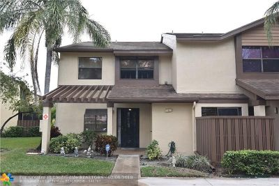 Coconut Creek FL Condo/Townhouse Sold: $189,000