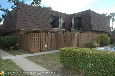 Tamarac Condo/Townhouse For Sale: 6020 NW 54th Ln #6020