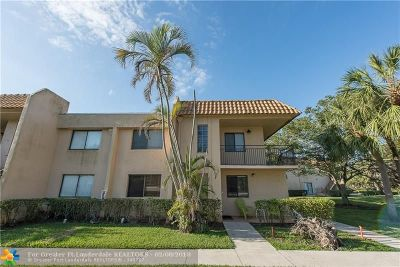 Weston Condo/Townhouse For Sale: 286 Racquet Club Rd #206