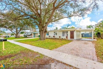 Davie Single Family Home For Sale: 5620 SW 36th Ct