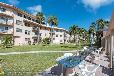 Lauderdale By The Sea Condo/Townhouse For Sale: 1967 S Ocean Blvd #312 C