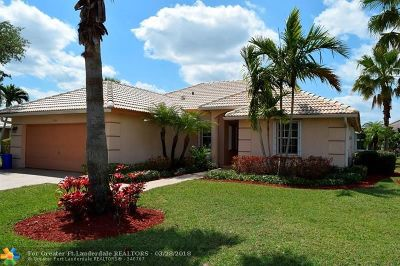Lake Worth Single Family Home For Sale: 3355 Andalusian Way