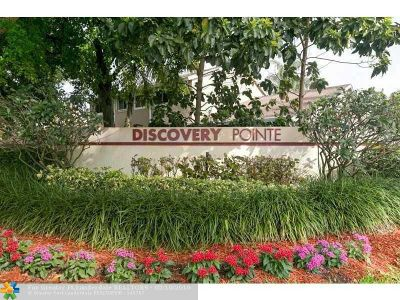 Deerfield Beach Condo/Townhouse For Sale: 2025 Discovery Cir #2025