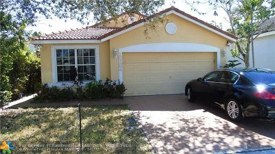Pembroke Pines Single Family Home For Sale: 16384 NW 20th St
