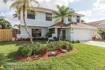 Boca Raton Single Family Home For Sale: 22494 Grouper Ct
