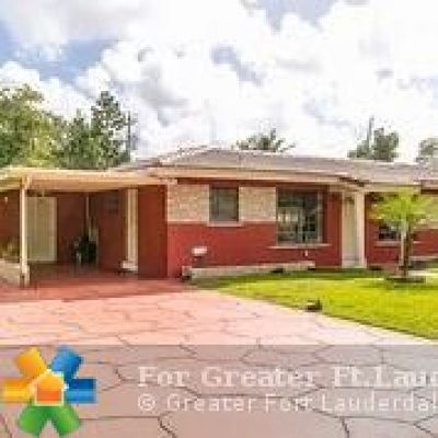 Plantation Single Family Home For Sale: 870 SW 50th Ave