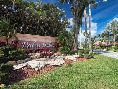 Boynton Beach Condo/Townhouse For Sale: 9636 Crescent View Dr #9636
