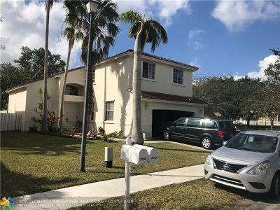 Pembroke Pines Single Family Home For Sale: 310 SW 192nd Ter