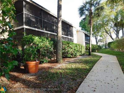 Deerfield Beach Condo/Townhouse For Sale: 111 Deer Creek Blvd #105