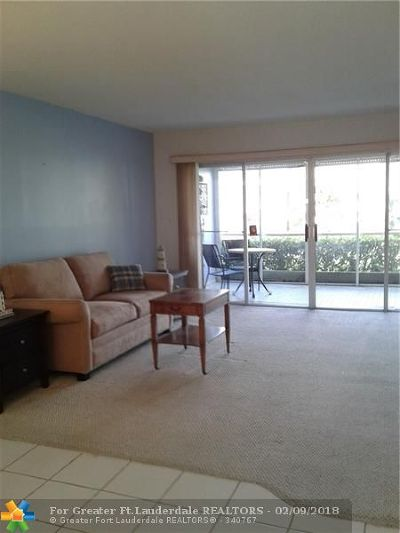 Lighthouse Point Condo/Townhouse For Sale: 2134 NE 36th St #81