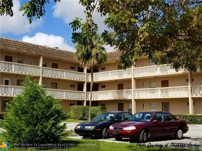 Tamarac Condo/Townhouse For Sale: 6071 NW 61st Ave #309
