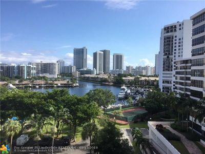 Hallandale Condo/Townhouse For Sale: 500 Three Islands Blvd #403