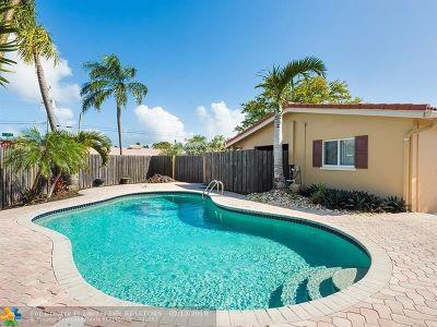 Oakland Park Single Family Home For Sale: 4521 NE 15th Ave