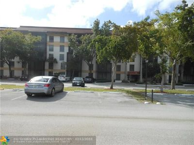 Lauderhill Condo/Townhouse For Sale: 5550 NW 44th St #207B