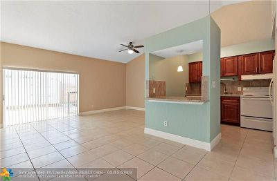 Lauderhill Condo/Townhouse For Sale: 7356 NW 34th St #7356