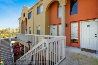 Fort Lauderdale Condo/Townhouse For Sale: 5200 NW 31st #153